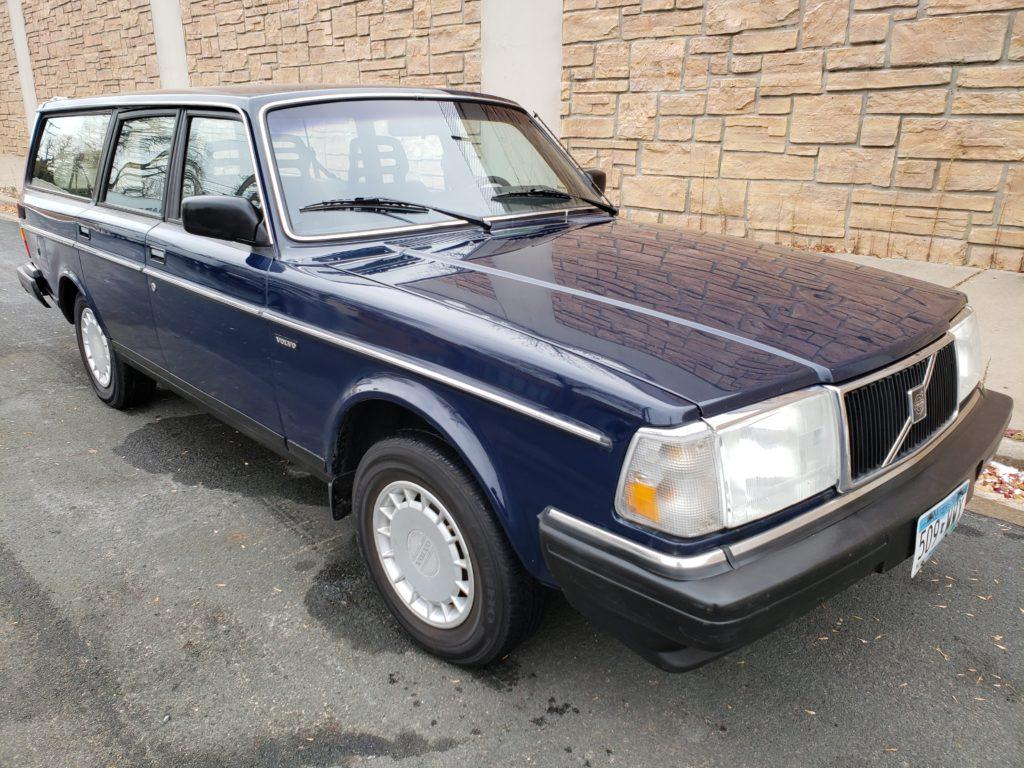 Volvo classic car restoration